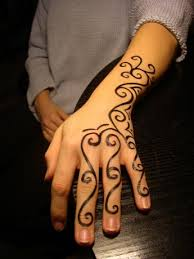 Hennacz Henna Japonske Tetovani Malovani Na Firemnich Akcich