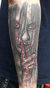кровавая девочка мужская тату на предплечье фото татуировок