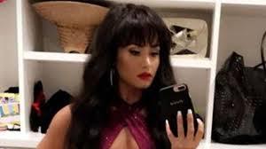 Demi Lovato TRANSFORMS Into Selena For Halloween Costume \u0026 It\u0027s ...