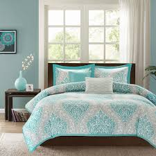 additional images comforter or duvet cover with pillows