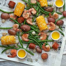to Throw a Backyard Seafood Boil Party ...