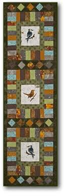 Twin Cities Quilting: Classes & 'Near the Creek' can be used as a wall hanging or table runner. It's great  for those small wall spaces where you'd like to decorate. Adamdwight.com