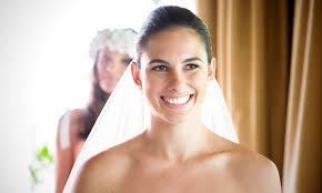 a et wedding makeup artist with 25 years experience that you can trust