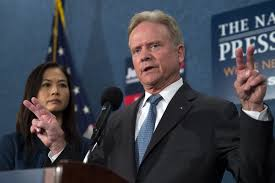 He Denies Media Is Washington Webb Considering Report Trump For AvI5Hq