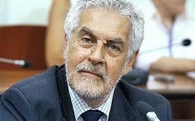 Η δήλωση Σίμου για τη δημοσιογραφική δεοντολογία  και οι ευθύνες του για τη λειτουργία της ΕΡΤ.....