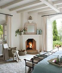 8 Stylish Planking & Fireplace Combinations We Love