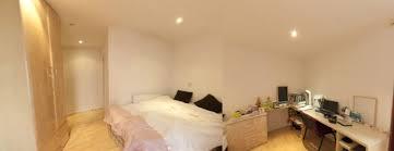 2 Bedroom Flats Room 2