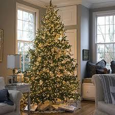 ... Vintage Cottage Christmas Tree ...