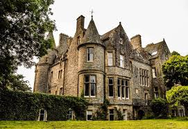 Scottish Castle Worth 2 5m Going For 5 Through Raffle
