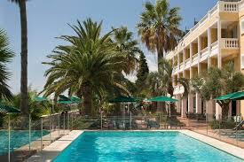 propriété avec hôtel de charme et villa à vendre côte d azur bormes les mimosas