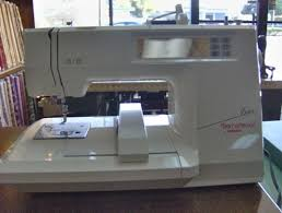 Bernina 600 Sewing Machine