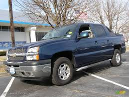2005 Dark Blue Metallic Chevrolet Avalanche LT 4x4 #25464146 ...