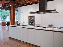 Traditional contemporary kitchens French Country Can Contemporary Minimalist Kitchen Design Work In Traditional Space Or Home Decor Scheme Having Designed Dozens Of Kitchens In The New England Region New England Home Magazine Ellen Leslie Contemporary Kitchen Design In Traditional Spaces