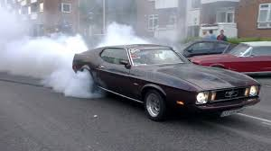 Badass Burnout on public road - 1972 Mustang Fastback - That's how ...