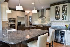 traditional-kitchen-design-two-tone-white-and-dark-