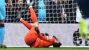 Horror-Verletzung: Tottenham-Keeper Hugo Lloris muss gegen Brighton früh  raus