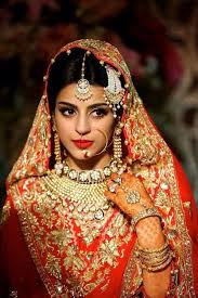 backbed indian bridal hairstyle with sectioned hair