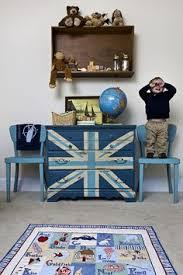 painted furniture union jack autumn vignette. Using Chalk Paint On Furniture Painted Union Jack Autumn Vignette