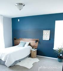 make the ombre walls the stars of your room by using only a few small wall decorations