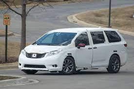 2021 Toyota Sienna Redesign Release Date Price Specs Hybrid Spied Toyota Sienna Toyota Mini Van