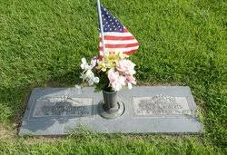 Evy Collins Roberts (1896-1974) - Find A Grave Memorial