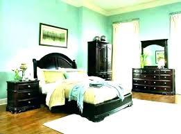 green bedroom walls dark green bedroom dark green bedroom dark green bedroom sage green bedroom ideas green bedroom