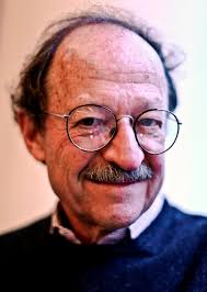 Harold Varmus, director of the National Cancer Institute, won the Nobel Prize in medicine in 1989 for discovering oncogenes, potentially cancer-causing ... - VARMUS29