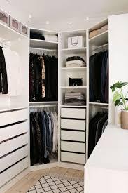 Schlafzimmer Offener Kleiderschrank Regalsystem Begehbarer