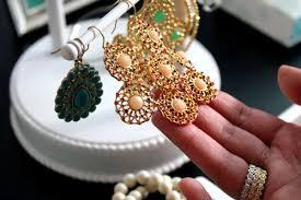 garden party chandelier earrings in ivory