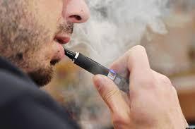 Risultati immagini per sigaretta elettronica