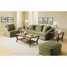 green living room chair. colors that go with olive green   what color paint living room chair r