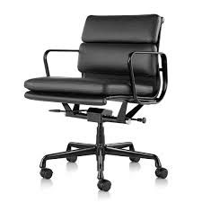 eames soft pad management chair with pneumatic castors cat 9