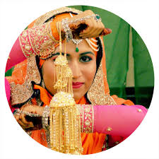 benefits of a professional indian bridal makeup artist at your wedding