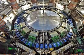 El CERN anuncia que el LHC funcionará en 2012