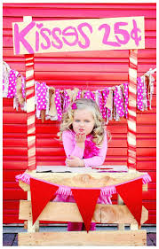 holiday ~ valentine ~ props ~ backdrop