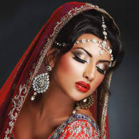 image of fareeha khan make up artist
