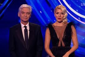 Seriously, we look forward to seeing what she steps out in each week. Dancing On Ice Viewers Distracted By Holly S Dress Manchester Evening News