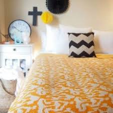 Cheap Handmade Quilts | Royal Furnish & Queen Size Yellow ZigZag Printed Decorative Ikat Kantha Quilt Bedding Throw Adamdwight.com