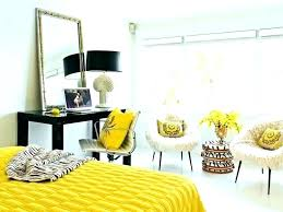 yellow and gray wall decor gray and yellow bedroom designs yellow and grey bedroom decorating ideas