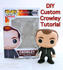 this is only for making crowley as you see him here if you want to make a diffe character i d advise starting with one of funko s blank diy figures