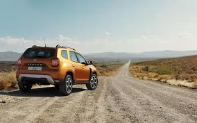 2018 renault duster price in india. beautiful price the newgeneration 2018 renault duster has redesigned headlamps with led  daytime running lights integrated and new creases on the bonnet in renault duster price in india