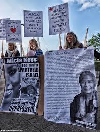 Boycott Israel News London Picket Asks Alicia Keys To Boycott