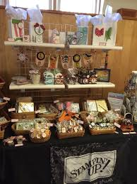 Best 25 Craft Fairs Ideas On Pinterest  Vendor Booth Vendor Christmas Craft Show Booth Ideas