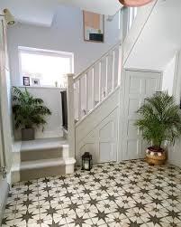 10 hallway colour ideas