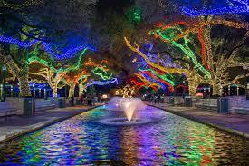 Groupon Wild Lights At The Zoo Txu Energy Presents Zoo Lights The Houston Zoo