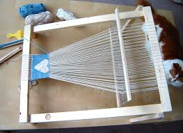 picture of make a frame loom for weaving