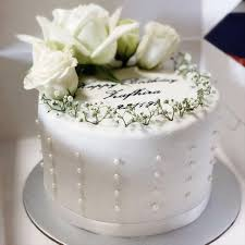 Fondant Wedding Engagement Cakes Food Drinks Baked Goods On
