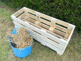 outdoor wood pallet ideas. she cuts old pallet into 3 pieces. what made next will amaze you outdoor wood ideas l