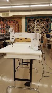 Used Longarm Quilting Machines - Accomplish Quilting & Pre-owned / used longarm quilting machine. This machine was traded in for  an INNOVA 22 Lightning Stitch. Adamdwight.com