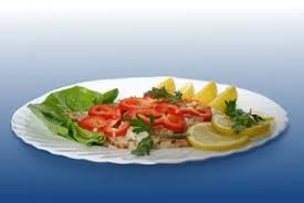 presenting food in an artistic and appetizing manner is part of a catering chefs job banquet chef job description
